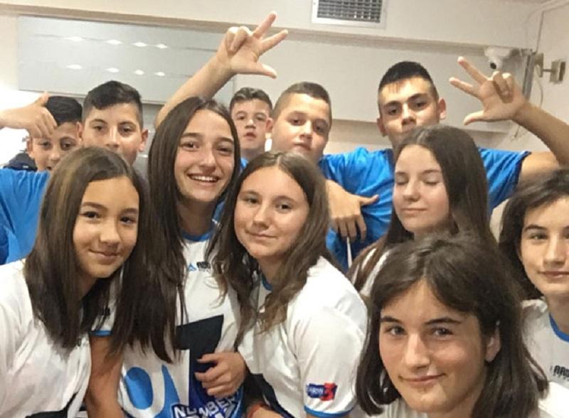 Deca sa Kosova na vaterpolo kampu