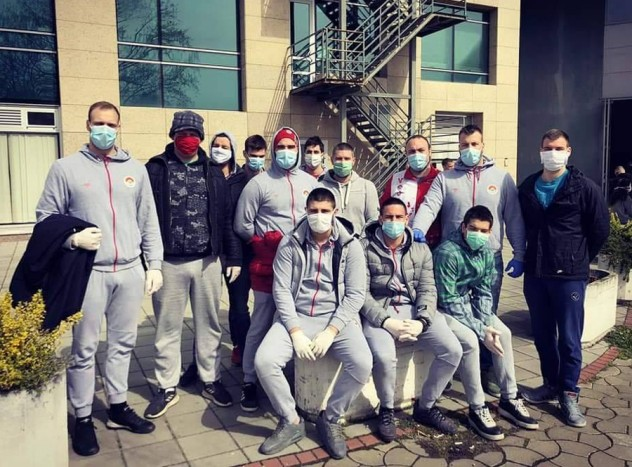 Vaterpolisti VK Vojvodina pomažu sugrađanima